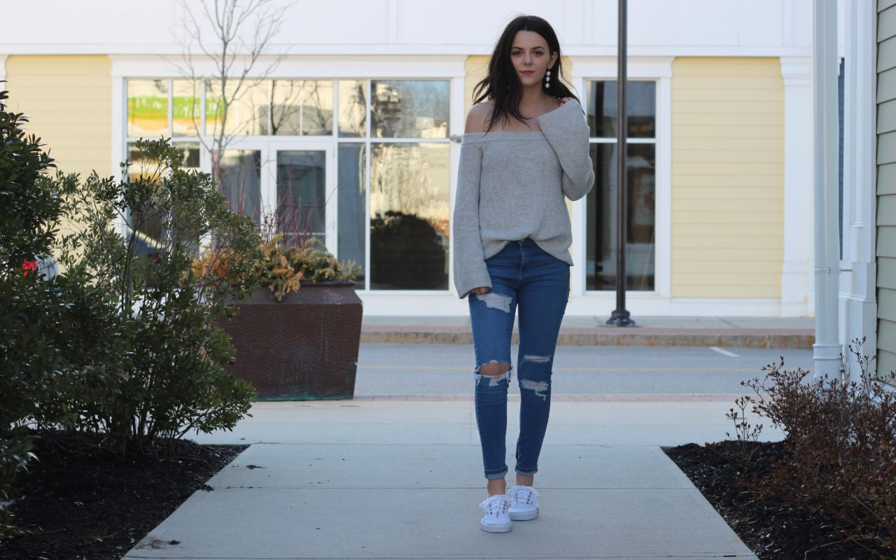 Off the Shoulder Top : Spring Trend